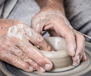 Las herramientas básicas para el manejo de la arcilla