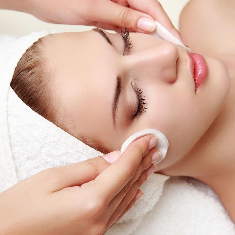 Limpieza Facial: Servicios de BÁRBARA GODOY GODOY