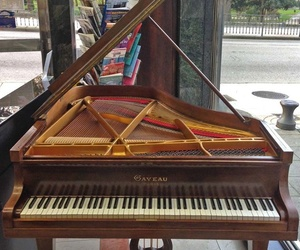 Piano colín francés Gaveau