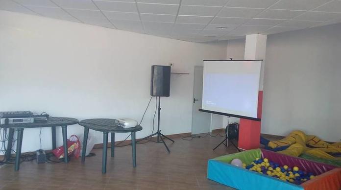 Alquiler de proyectores: Servicios de JCL Alquiler de sonido