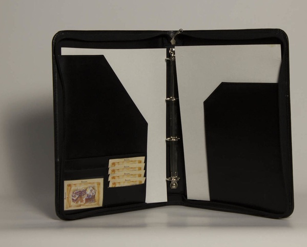 Carpeta De Mano PDA-01435: Catálogo de M.G. Piel