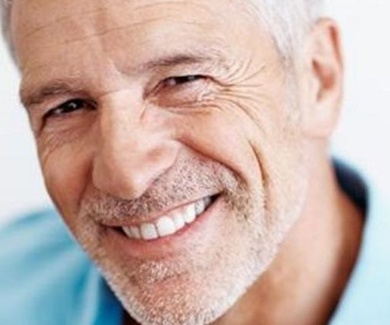 Implantes dentales Pineda del Mar.