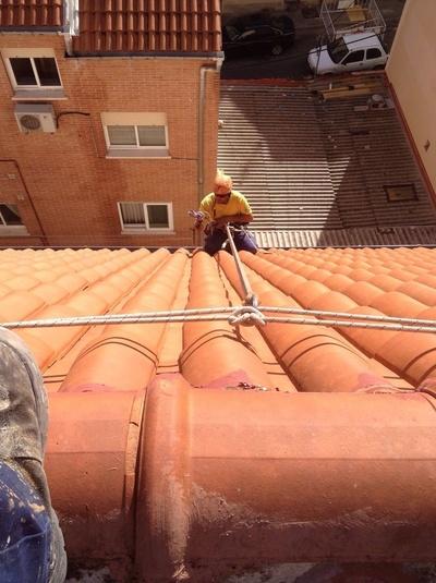 Trabajos en alturas: Canalones Gefel, S.L.