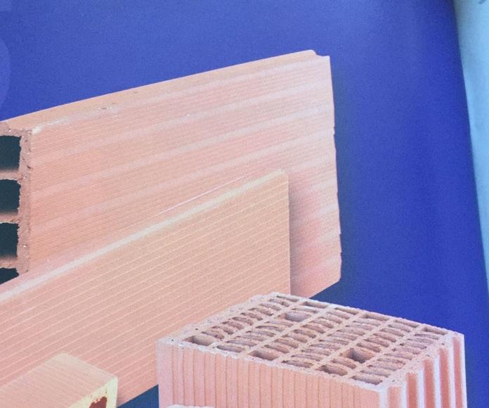 Ladrillos: Reformas y materiales de Materiales de Construcción Montes León