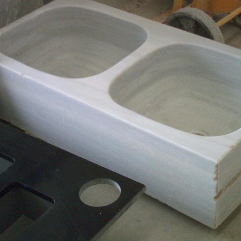Fregadero macizo de marmol macael