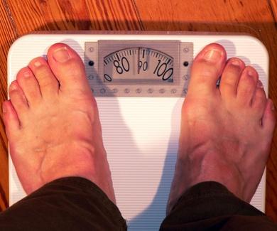 Emulsionantes añadidos a la comida procesada podrían producir colitis, obesidad y síndrome metabólic