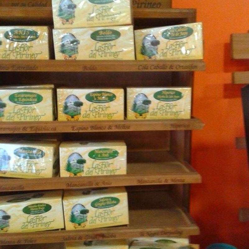 Té de Flor del Pirineo: Cursos y productos de Racó Esoteric Font de mi Salut