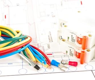 Eficiencia: Servicios de F.B. Instalaciones Eléctricas