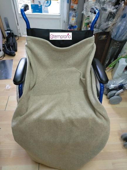 Manta especial para sillas de ruedas: Alquiler de sillas de ruedas de Atemprana