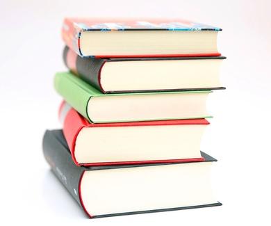 Microcréditos para libros y material escolar