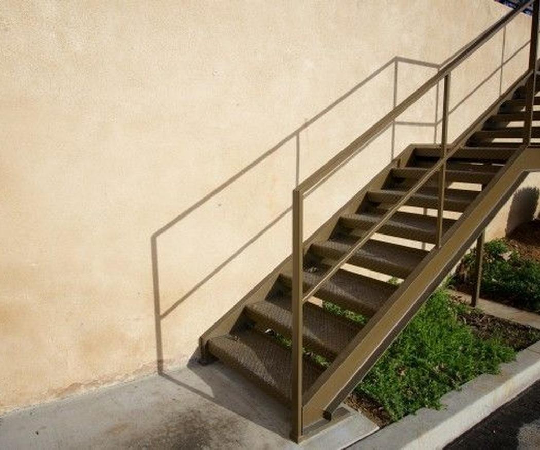 Apuesta por unas escaleras de hierro