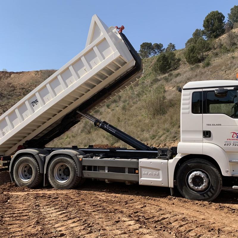 Transporte de áridos: Servicios de D. B. Excavacions