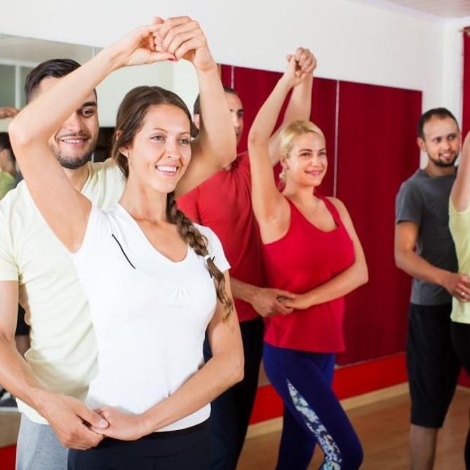 Clases de baile para divertirse y ponerse en forma