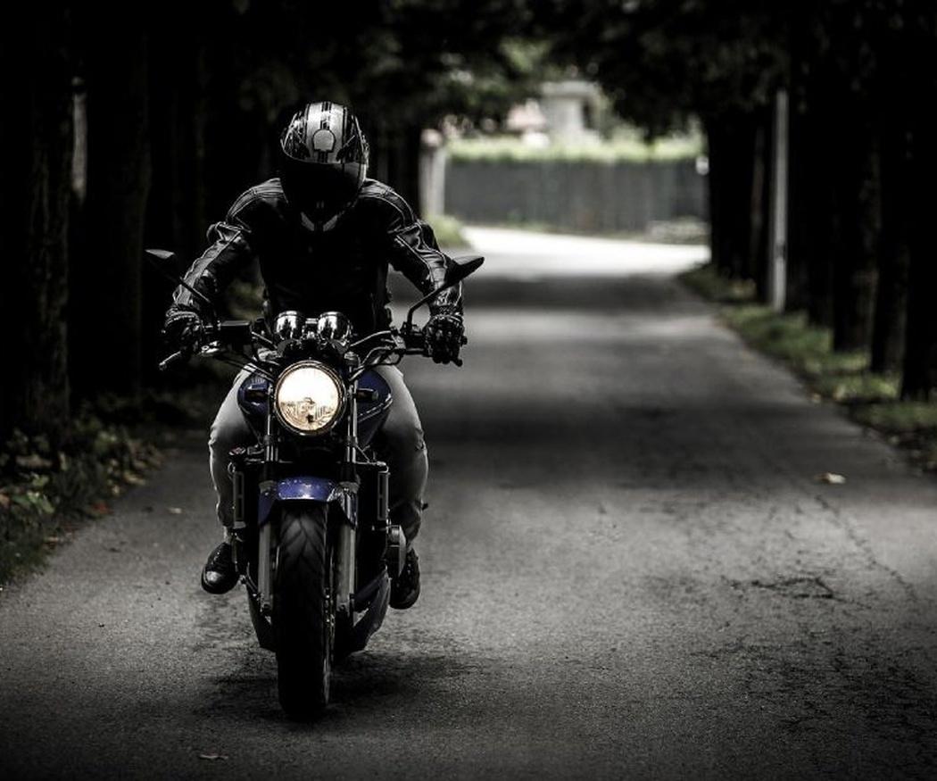 Ventajas de conducir una moto por ciudad