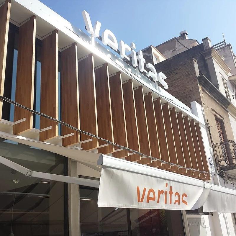 VERITAS Project: Services and jobs de AC Barcelona