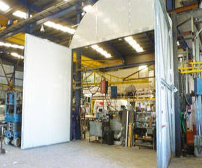 Puerta batiente cortafuegos grandes dimensiones