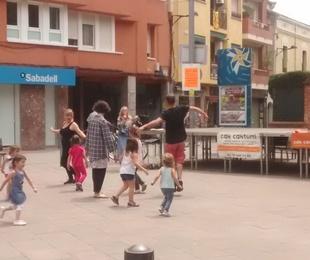 Juguem ballant