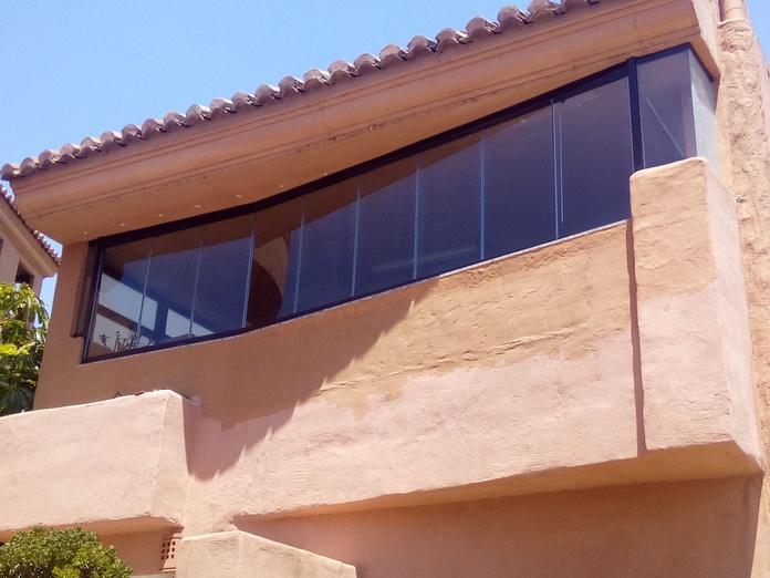 Cerramientos de terrazas: Servicios y Productos de Acristalamientos Diansa