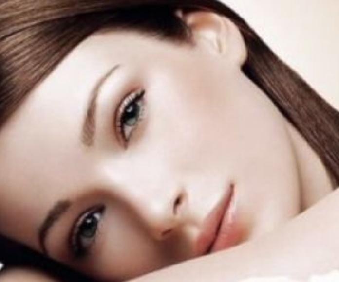 Rejuvenecimiento con luz pulsada: Tratamientos de Rosana Montiano - Salón de Belleza