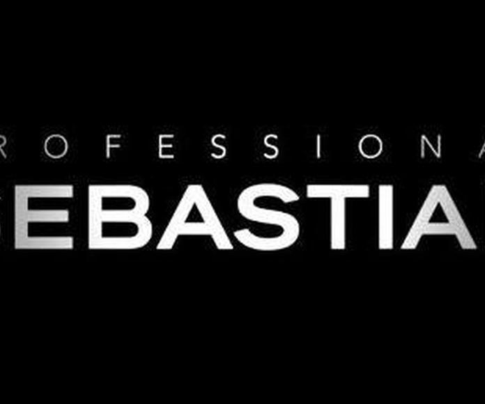 Sebastian en Asia peluquería