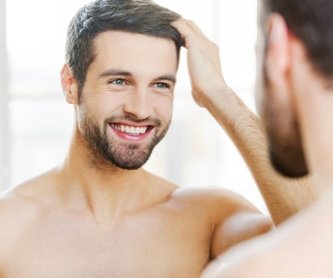 Tratamiento cuero cabelludo (PRP más factor de crecimiento): Tratamientos de estética de Clínica Estética Loveliness
