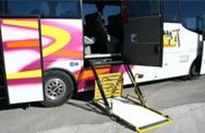 Servicio personalizado: Servicios de Autocares Torre Alta, S.L.