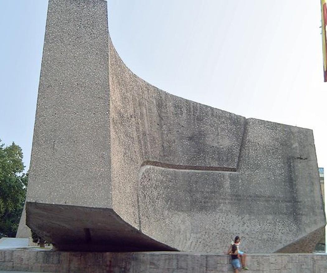 Monumentos de hormigón