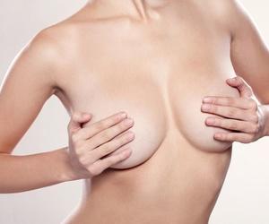 Aumento de mamas con prótesis