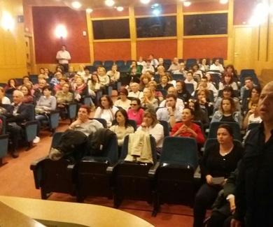 Gran éxito de público en la charla sobre Biodanza de Augusto Madalena en Ibercaja de Logroño