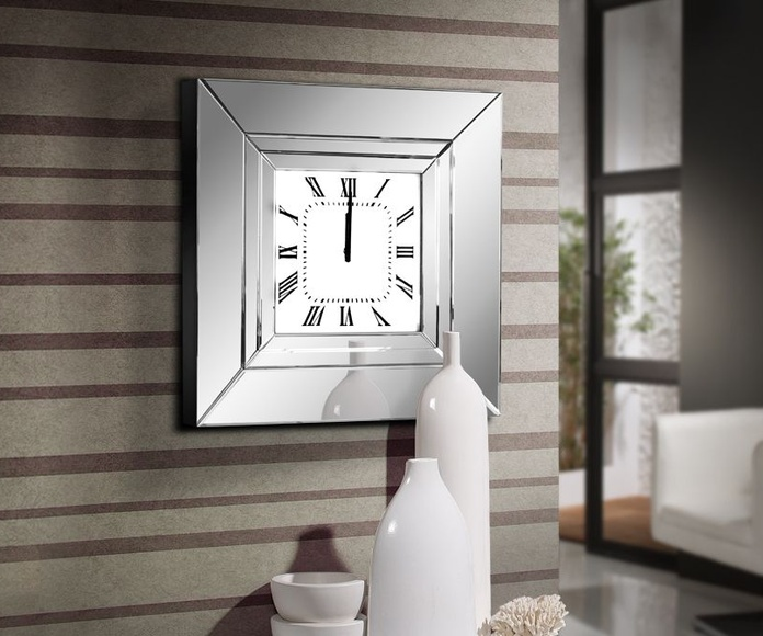 Reloj modelo Adam - Schuller