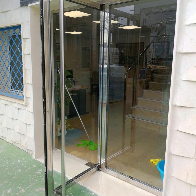 Puerta de acceso de acero inoxidable AISI 304
