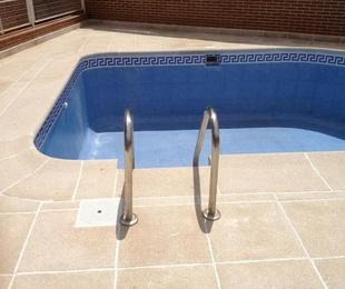 Creación de piscina con plato de ducha