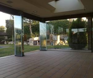 Xamorall, fabricantes y distribuidores en exclusiva de Todocristal Allglass en la zona centro