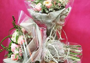 Ramos y bouquets