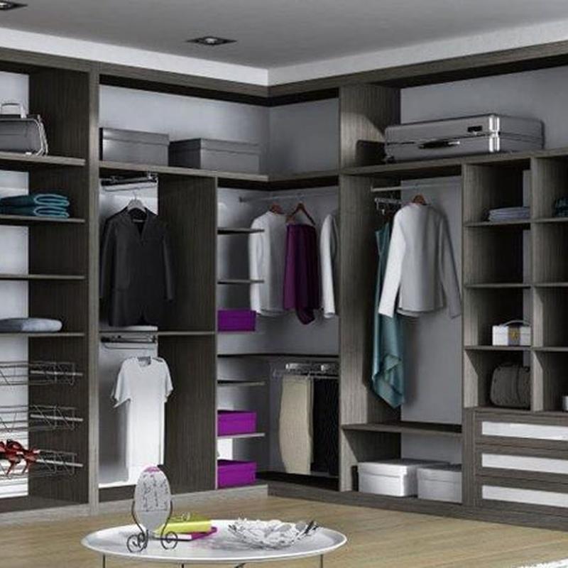 Frentes de armario: Servicios de Puertas García Flores