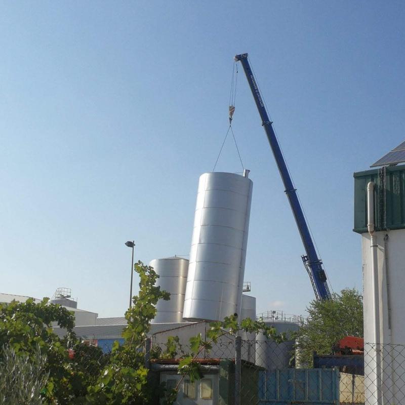 Depositos de almacenamiento de acero inoxidable AISI-304 y AISI-316: Servicios de Servicios Inoxidables Albacete