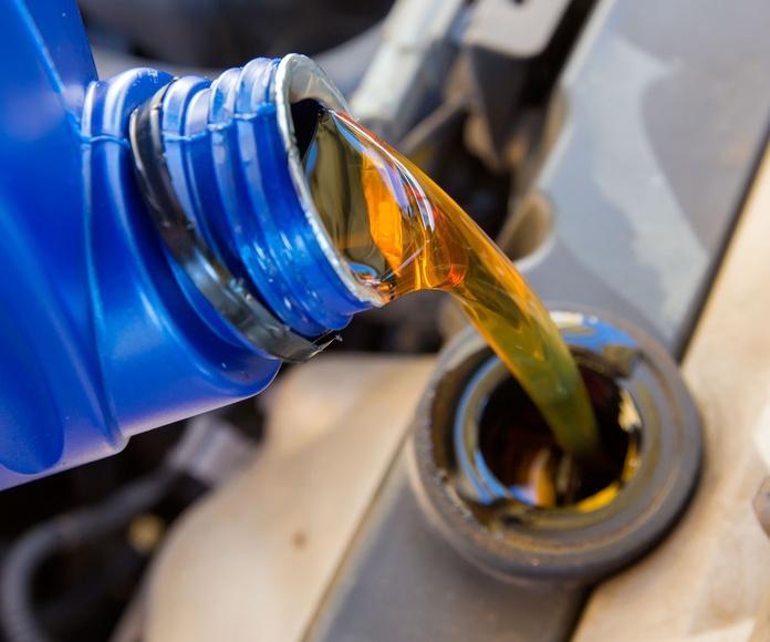 Cambio de aceite: Servicios de Mercasosa