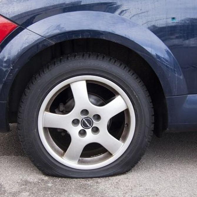 ¿Es seguro un neumático reparado tras un pinchazo?