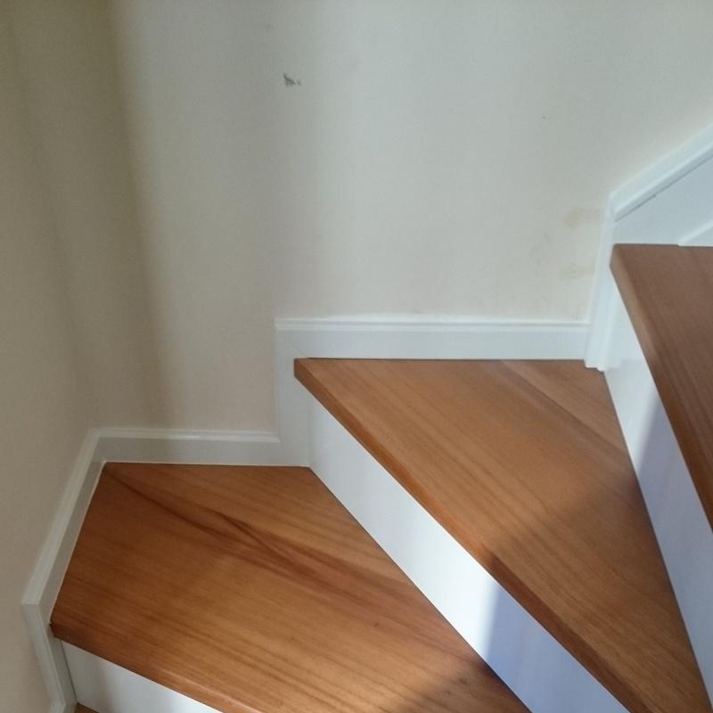 Escaleras: Artesanos de la Madera de Carpintería Tosan