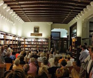 Presentación de la novela Incert camí en el Centre de lectura