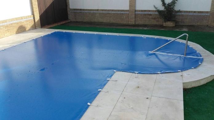 Cubierta de piscina: Modelos de Toldos Alcántara