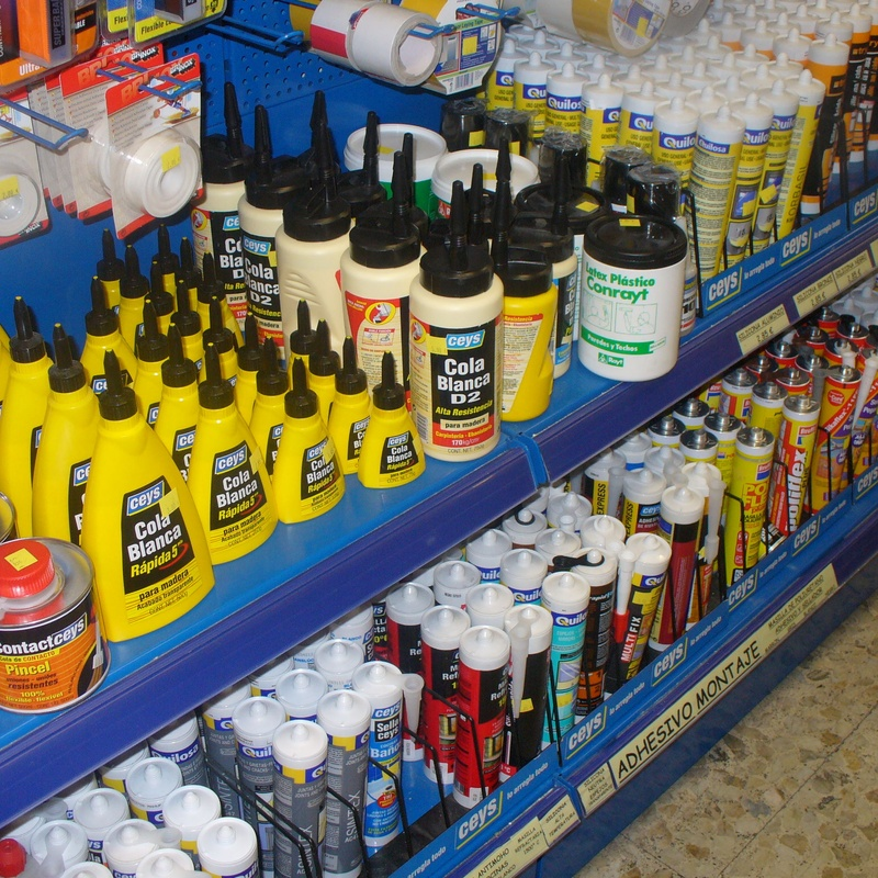 Cola blanca - Adhesivos de montaje - Tacos químicos