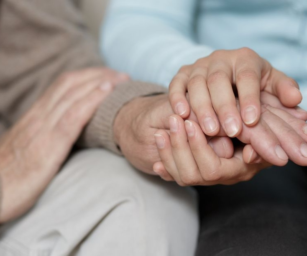 Los beneficios de mantener a los mayores en casa