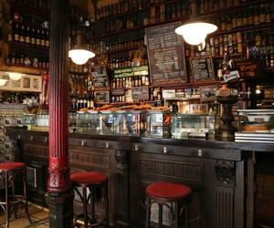 Interior de nuestra bodega en Madrid centro