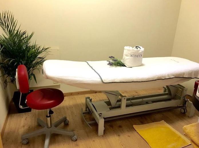 Masaje relajante : Servicios   de Pradera Peluqueros