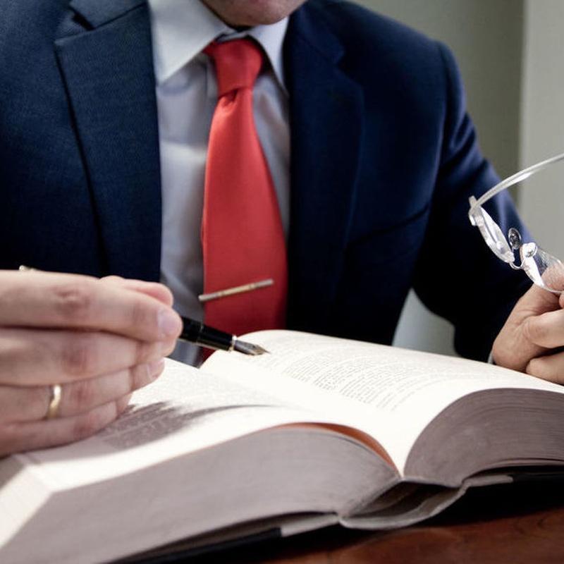 Derecho penal: Áreas de actuación de Navarro Abogados & Fincas