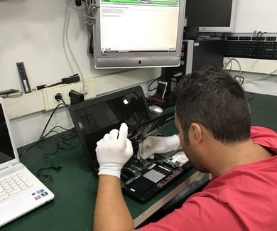 REPARACIÓN PORTÁTILES Y ORDENADORES (CPU) EN COSLADA