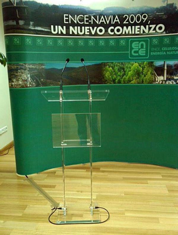 Alquiler atril metacrilato Asturias.