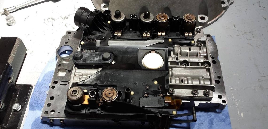 Venta de repuestos para coches en Mallorca y reparación de caja de cambios