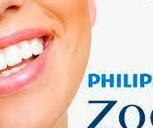 Blanqueamiento dental de clínica PHILIPS ZOOM!